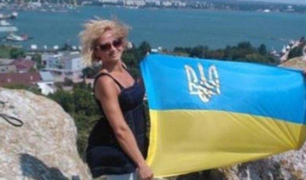 Українську волонтерку затримали в Криму