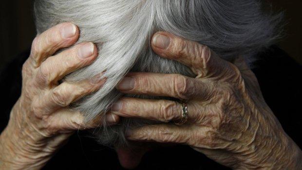 Продали квартиру и вышвырнули на улицу: история 94-летней бабушки всколыхнула Украину