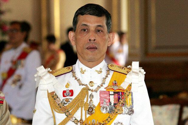 Король Таиланда жестоко наказал свою возлюбленную: что натворила любимица его величества