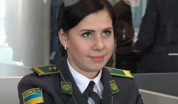Львовская пограничница покорила взглядом Роналду (видео)
