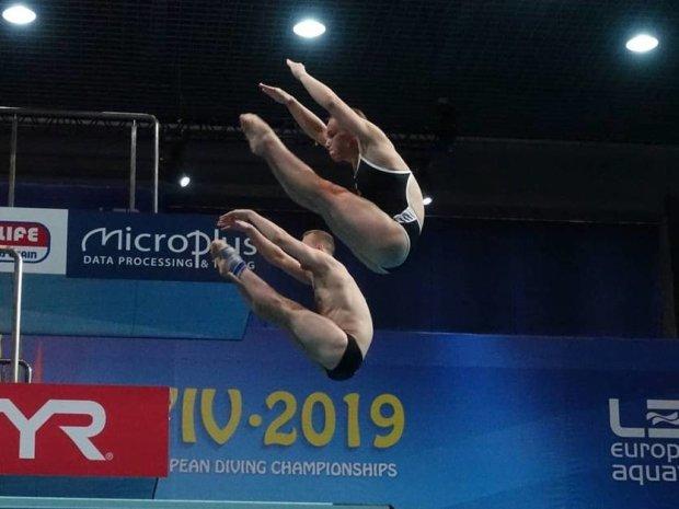 Виктория Кесарь и Станислав Олиферчик стали чемпионами в синхроне на 3 метрах