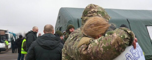 Головне за день п'ятниці, 10 січня: допомога США Україні, пожежа у Москві та зловіщий прапор аборигенів над Австралією