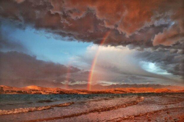 """""""Веселка після шторму""""» Острів Паг, Хорватія Фото: Zrinka Balabanic / via WMO"""