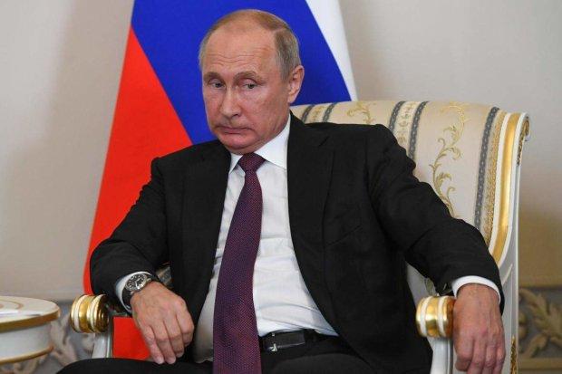 """Престарелый Путин украл одежду у репера-подростка: """"Вам уже ничего не поможет"""""""