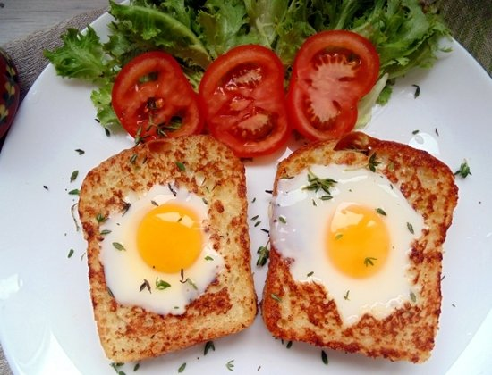 Найкрасивіший сніданок: рецепт яйця в кошику