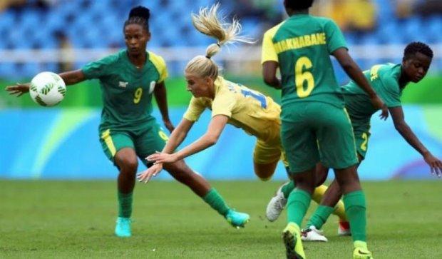 Женский футбол открыл Олимпиаду в Рио