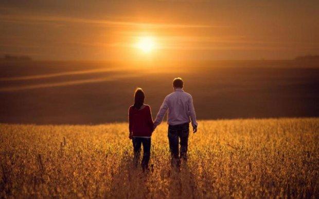 Любовний гороскоп на 27 квітня: цінуйте момент, таке навряд чи скоро повториться