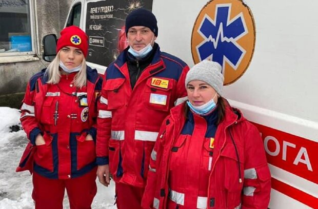 Медики врятували дитину, фото: redpost.com.ua