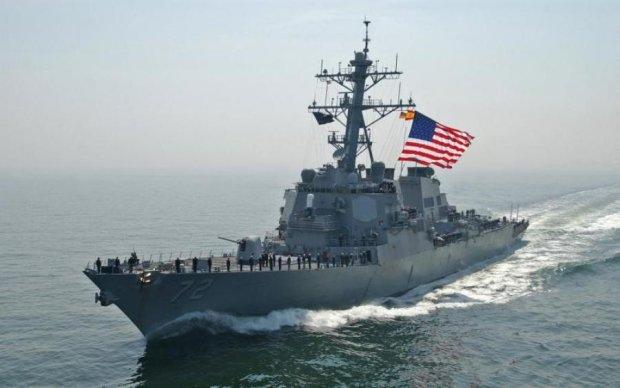 Американские судна вторглись в Черное море: что происходит