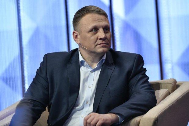 Кандидата в президенты и партнера Коломойского облили фекалиями, видео