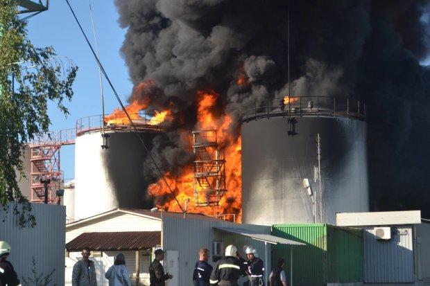 В России горит нефтебаза: есть пострадавшие и пропавшие без вести