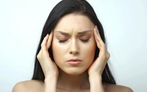 Болить голова: топ способів побороти мігрень