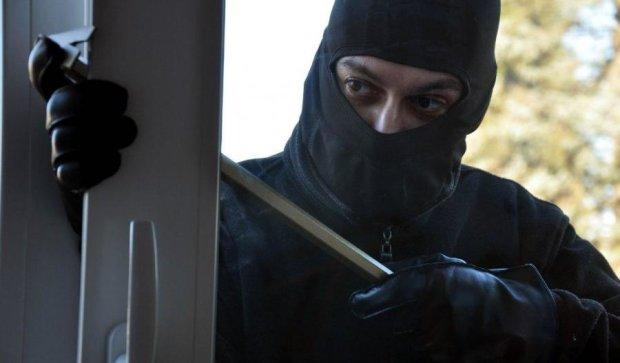 Домушники при ділі: що потрібно знати, щоб не стати жертвою квартирного злодія