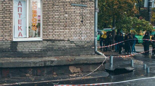 Вещи остались в разрушенном общежитии: Филатов осчастливит пострадавших студентов двумя стипендиями
