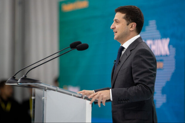 """Зеленский назвал 4 """"волшебных"""" слова, которые вернут Крым и Донбасс в Украину: """"Жизненно необходимо"""""""