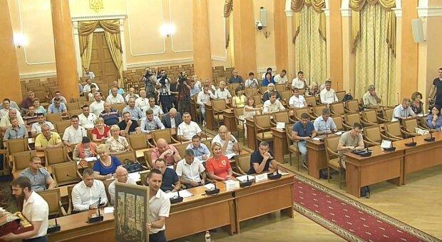 """В Одесі знайшли управу на """"очумілі ручки"""" дружків Труханова"""