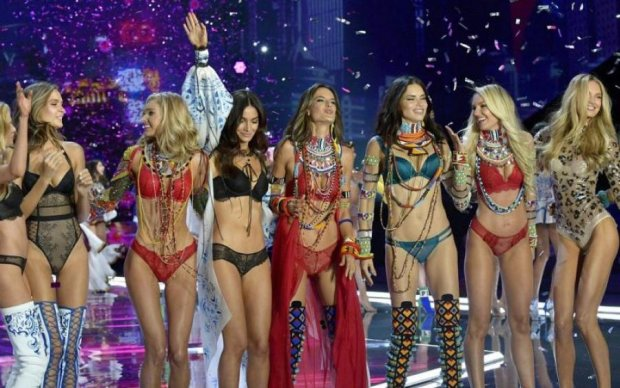 Ангели Victoria's Secret влаштували грандіозне шоу в Шанхаї: фото