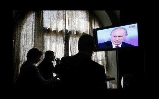 Український чиновник поплатився за виступ на КремльТБ