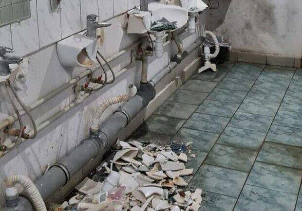 """В Харькове студенты-иностранцы устроили дикий """"махач"""" и разнесли в  туалет: """"Трое оказались в больнице"""""""