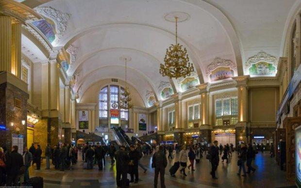 Нет билетов: как вокзальная мафия наживается на украинцах