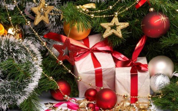 Що не можна дарувати дічині на Новий рік 2018