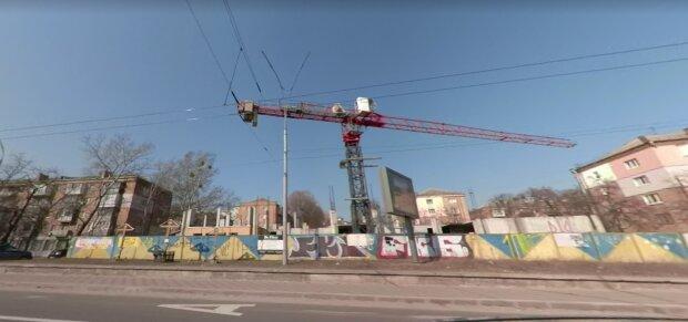 Будівництво навпроти Бабиного Яру, фото Google