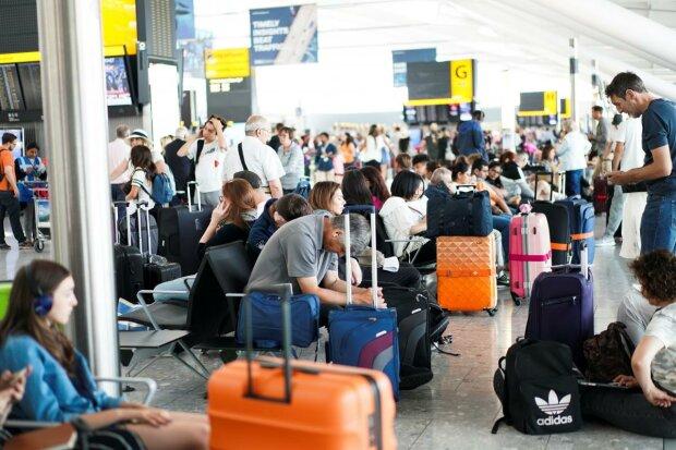 Как правильно путешествовать в Европу по безвизу: какие документы нужны, сколько взять с собой и правило 90 на 180