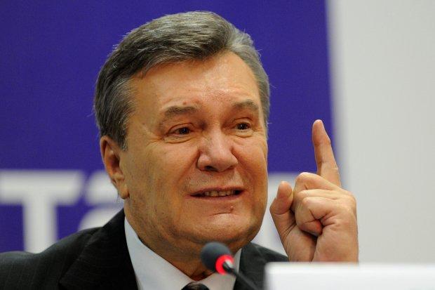 Путін, введи: у Януковича по-тупому відмазалися від скандального листа