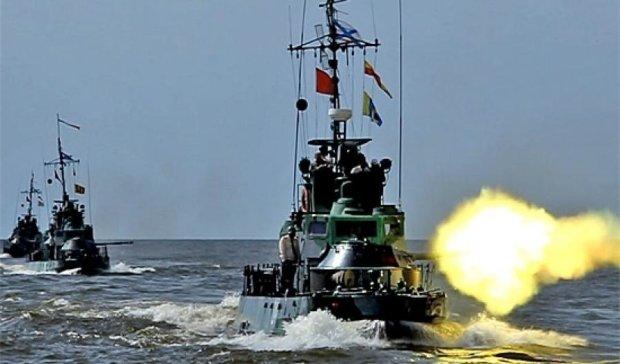 Черноморский флот России занял боевые позиции
