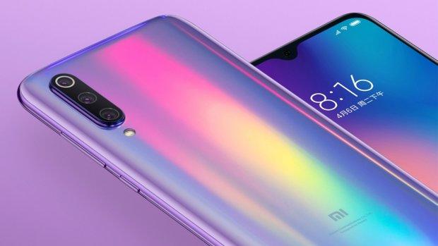 Xiaomi впервые показала изображение смартфона Mi CC9: белый романтик