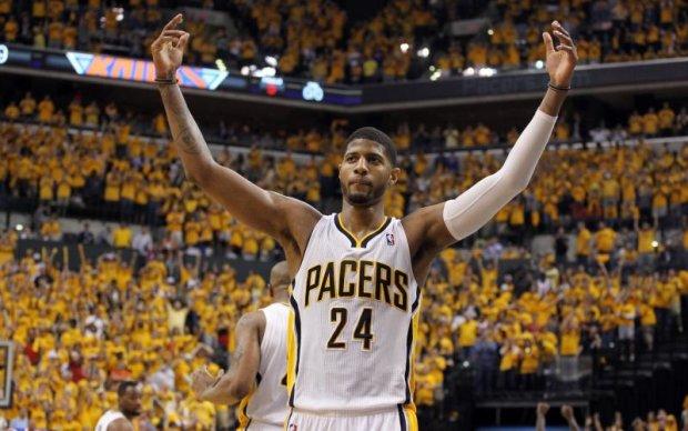 Екс-стриптизерка не взяла мільйон доларів від гравця НБА