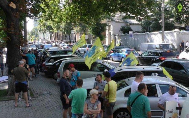 Евробляхи за копейки: топ-10 премиум-предложений на украинском рынке