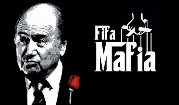 Сравнивать ФИФА с мафией оскорбительно для мафии – сенатор