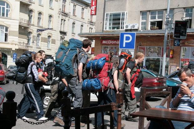 Туристична мекка України стає дорожчою: доведеться платити новий податок