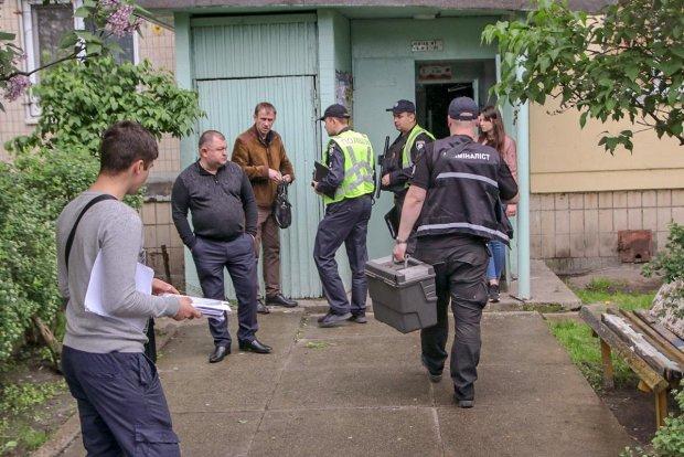 Одесситы неделю жили по соседству с покойником: подсказал запах