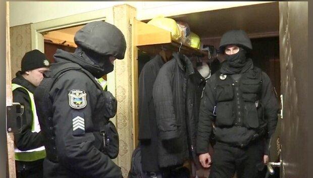 Отомстил за отца: в Киеве неадекват изрешетил мужчину и оставил умирать