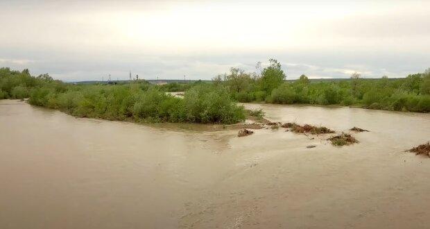 На Франківщині піднявся рівень води в річках
