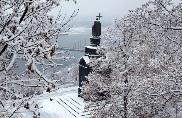 Погода на 14 лютого: закохані втратять один одного в снігу і хмарах