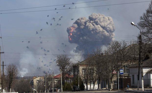 """Під гуркіт вибухів у Чернігові суд """"відпустив гріхи"""" відповідальному за пожежі на складах у Балаклії"""