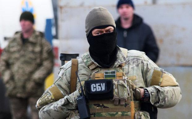 Одессит рубил миллионы, сидя за монитором: СБУ накрыла хакера, искали по всему миру