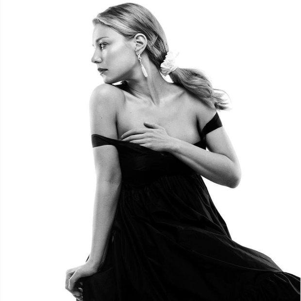 """Тина Кароль на """"Голос країни"""" соблазняет Дан Балана неприличным вырезом"""
