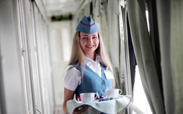 Зима близько: Укрзалізниця вирішила напоїти пасажирів