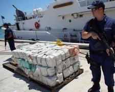українці перевозили 2,5 тонни кокаїну