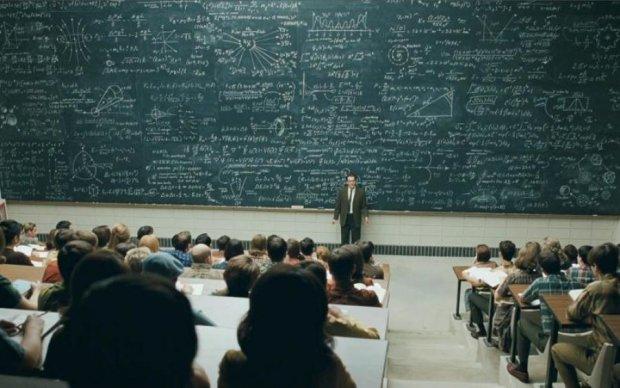 Псевдообразование в Украине: фальшивая профессура получает деньги за лекции нелепостей