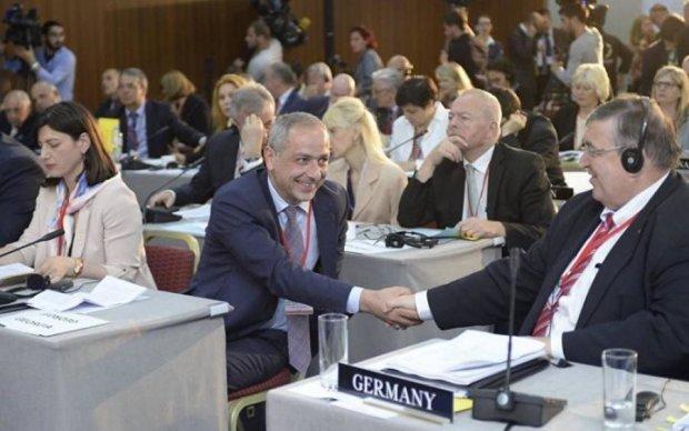 Україна поскаржилася НАТО на підтримку Росією тероризму