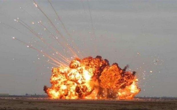 Батько всіх бомб: ще одна країна обзавелась надпотужною зброєю