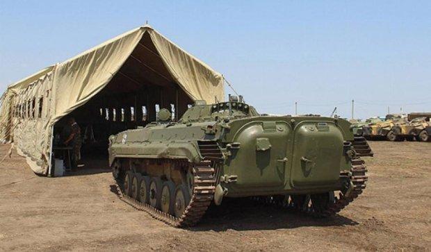 ЗСУ за рік відремонтували 12 тисяч одиниць військової техніки (фото)