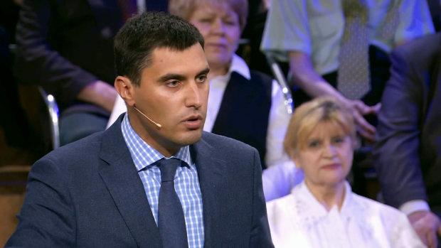 Скандального дружка Януковича не витримали навіть у Росії