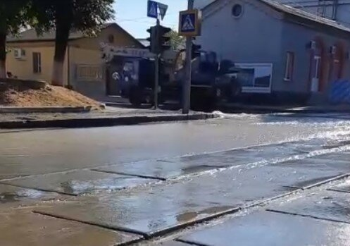 """В Харькове появился новый """"фонтан"""", и Кернес тут ни при чем"""