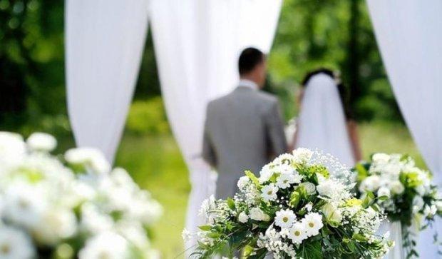 Рада легализует брак за сутки